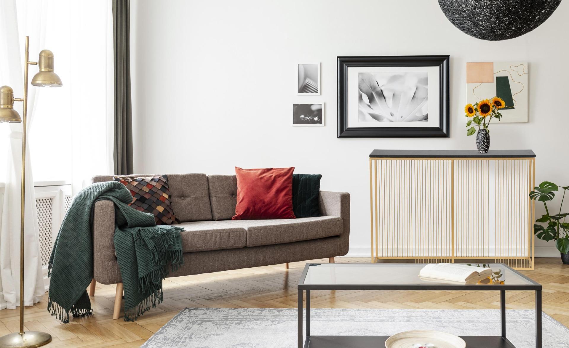 Consolle moderna BUILDING in marmo nero e metallo dorato