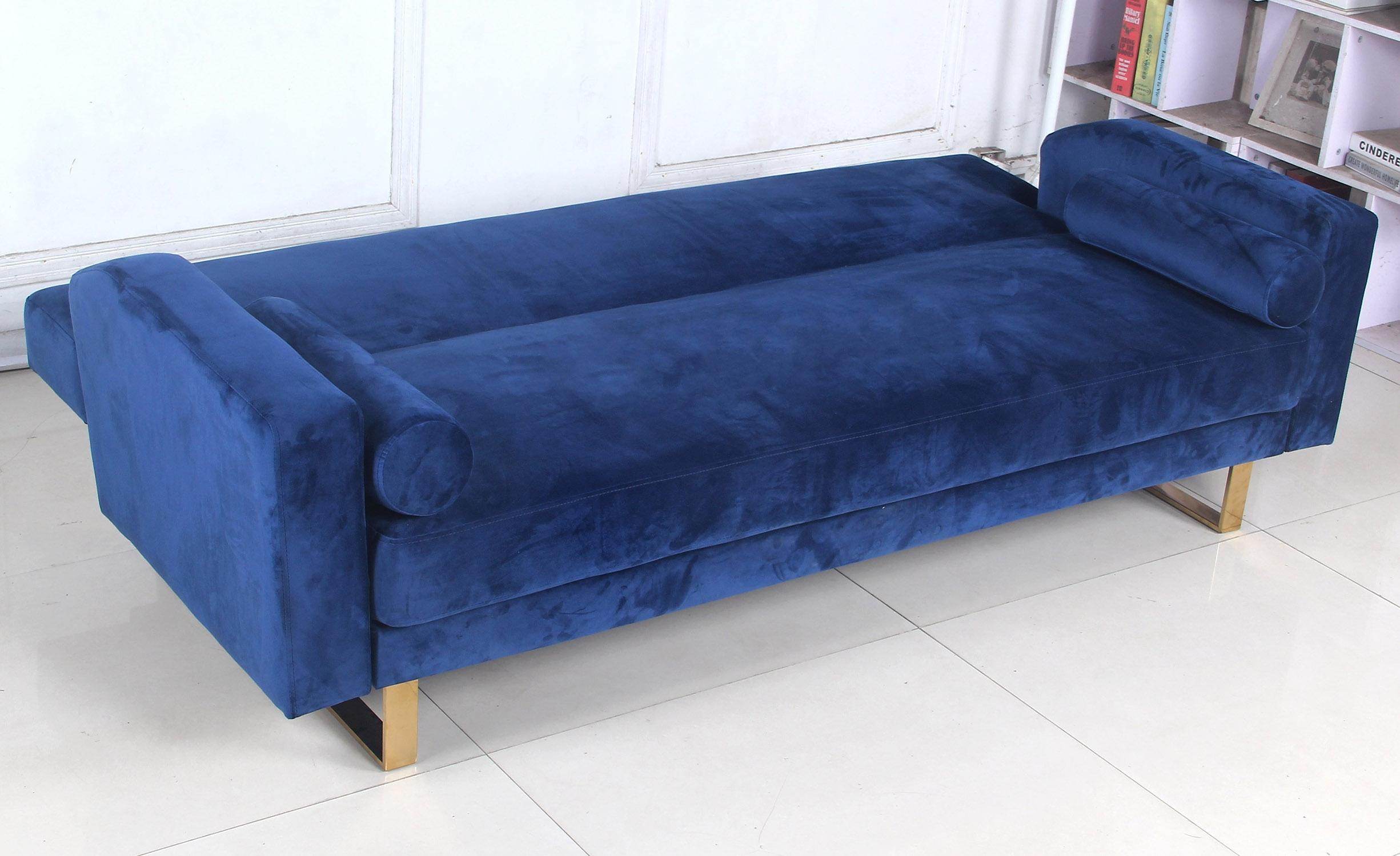 Divano convertibile Djobi in velluto blu e gambe dorate