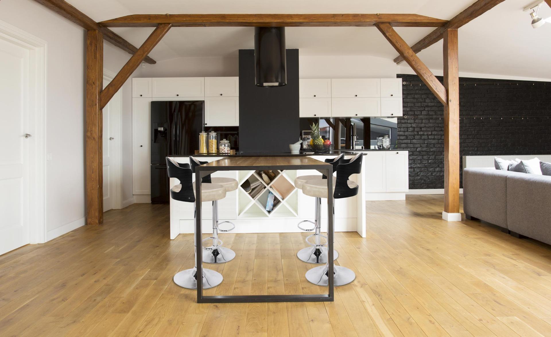 Set di 2 sedie da bar Ruben in legno nero & similpelle color crema